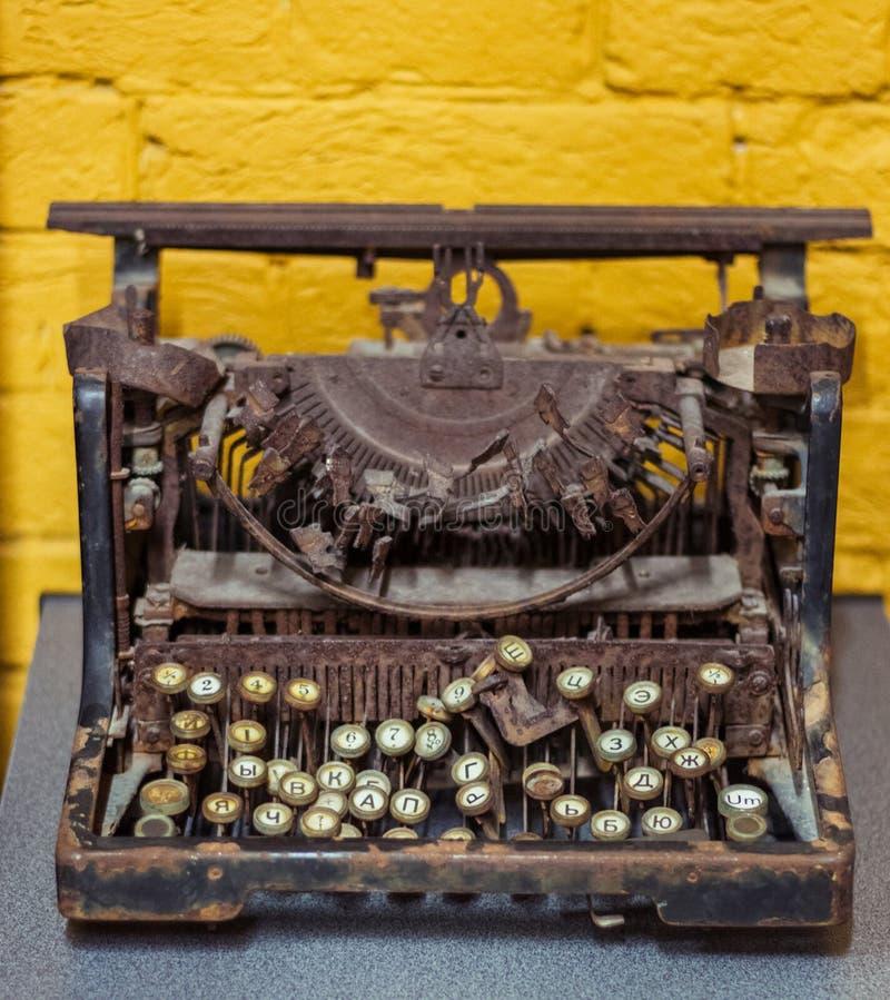 博物馆 老打字机 库存图片