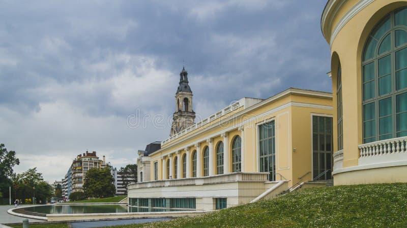 博蒙特宫殿在街市波城,法国 库存照片