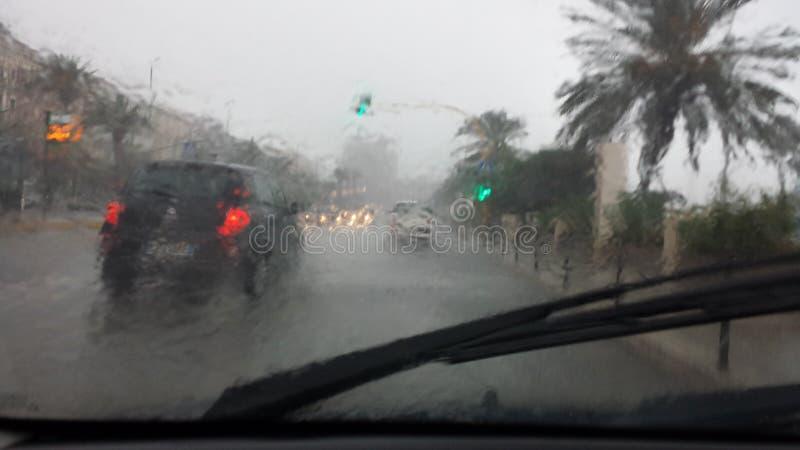 卡利亚里,意大利- 10月01 :洪水通过c的街道 免版税库存图片