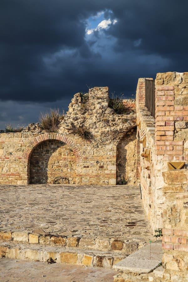 卡利特里,阿韦利诺,意大利的历史的中心 图库摄影