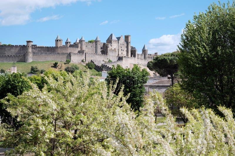 卡尔卡松中世纪城堡法国的南部的在夏天 免版税库存照片