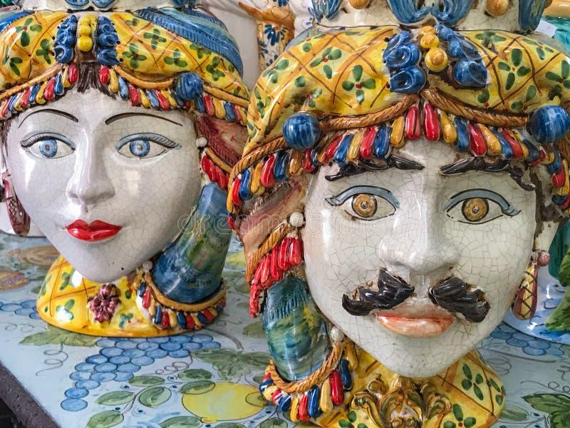 卡尔塔吉龙,西西里岛的陶瓷面孔 免版税图库摄影