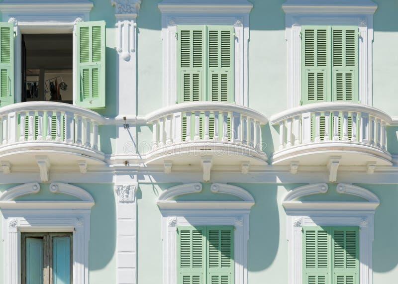 卡尔洛福尔泰典型的建筑学在圣彼得罗岛,撒丁岛,意大利海岛上的  库存图片