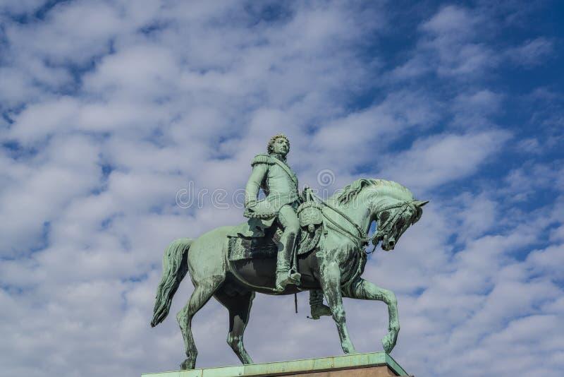 卡尔约翰,奥斯陆,挪威骑马雕象  库存照片