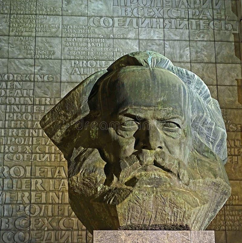 卡尔・马克思纪念碑在开姆尼茨(德国) 免版税库存图片
