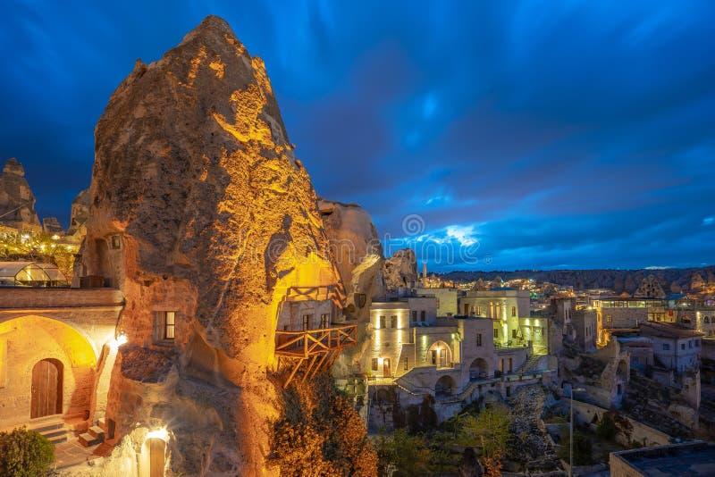 卡帕多细亚地平线在晚上在格雷梅,土耳其 图库摄影