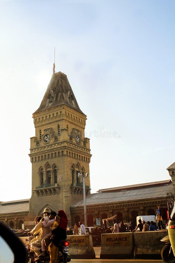 卡拉奇,巴基斯坦- 2019年6月29日:钟楼在女皇市场上 库存照片