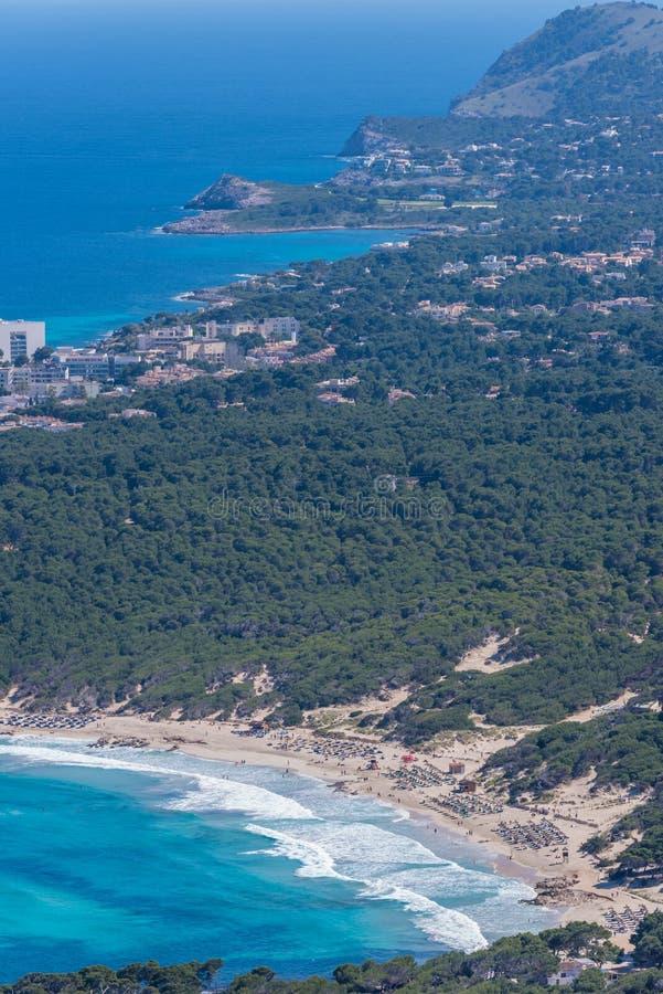 卡拉市Agulla和美丽的海岸在卡拉市马略卡,西班牙Ratjada  库存照片