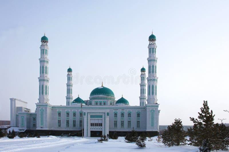 卡拉干达,哈萨克斯坦中央大教堂清真寺  免版税库存图片