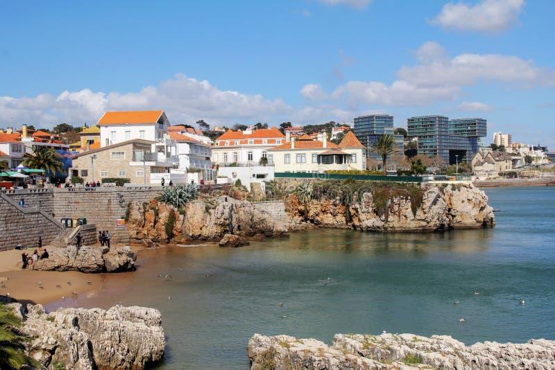 卡斯卡伊斯,葡萄牙城市和峭壁海岸  库存照片