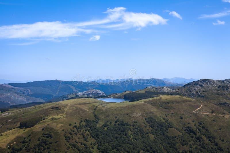 卡斯特罗-乌尔迪亚莱斯地区风景 库存图片