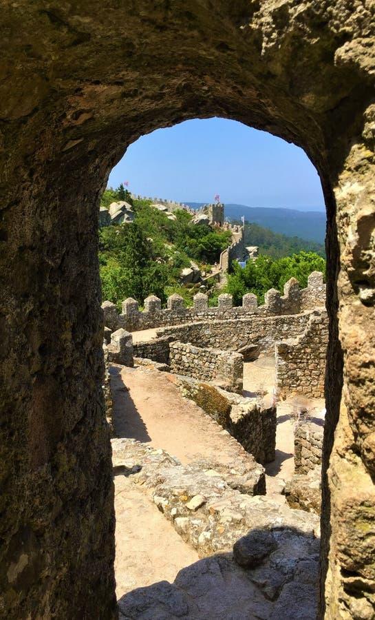 卡斯特鲁dos的Mouros停泊城堡 图库摄影
