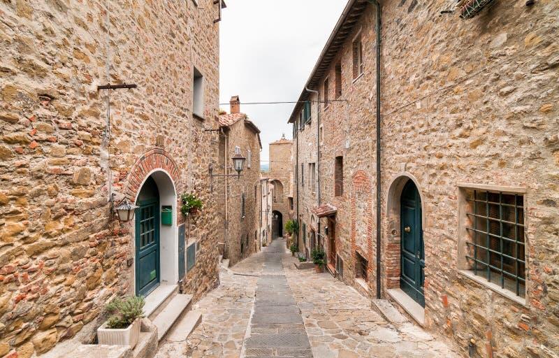 卡斯蒂廖内德拉佩斯卡伊阿,托斯卡纳,意大利的历史的中心 免版税库存照片