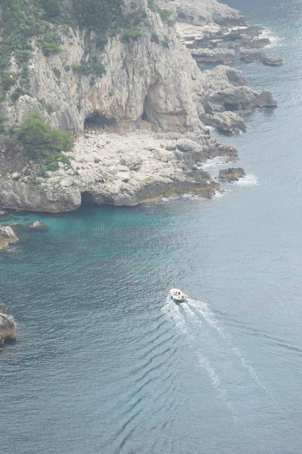 卡普里岛蓝色洞穴 免版税库存图片