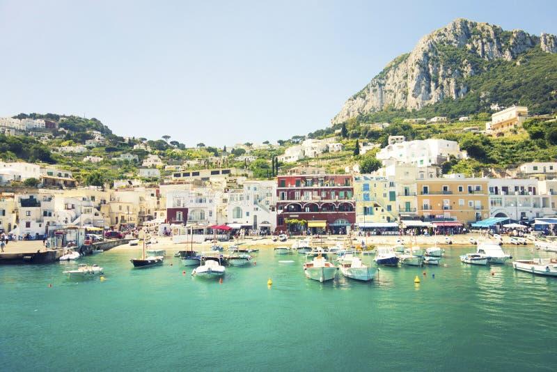 卡普里,意大利五颜六色的店面  免版税库存照片