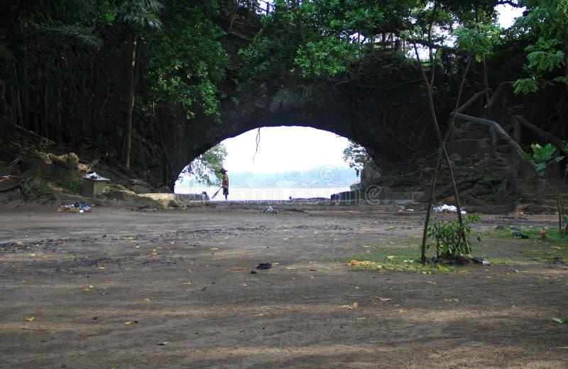 卡朗火山博隆海滩 免版税库存图片