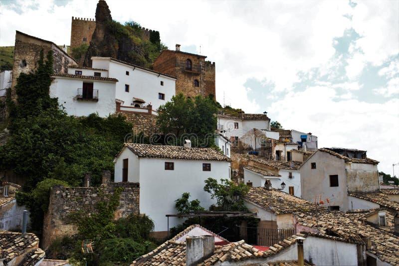 卡索拉村庄在哈恩省安大路西亚 免版税图库摄影