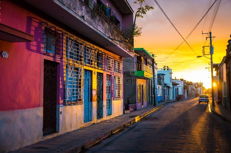 卡马圭,古巴-联合国科教文组织遗产市中心街道视图  库存图片