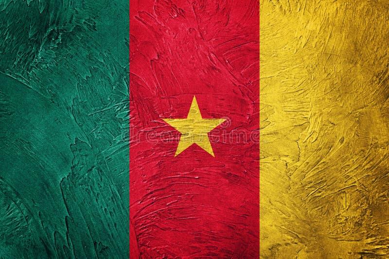 卡麦隆标志grunge 与难看的东西纹理的喀麦隆旗子 免版税图库摄影