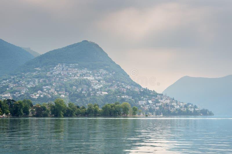 卢加诺湖,卢加诺,提契诺州,瑞士,欧洲 免版税库存照片