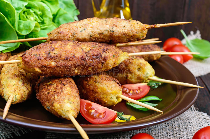 卢拉kebab是肉盘 免版税库存照片