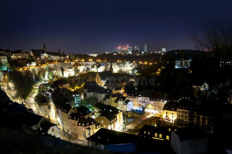 卢森堡市全景在夜之前 免版税库存照片