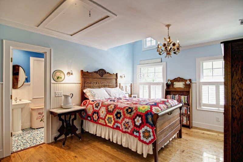 卧室典雅的套件 免版税库存照片