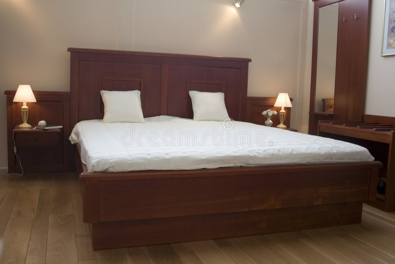 卧室家具 免版税库存照片