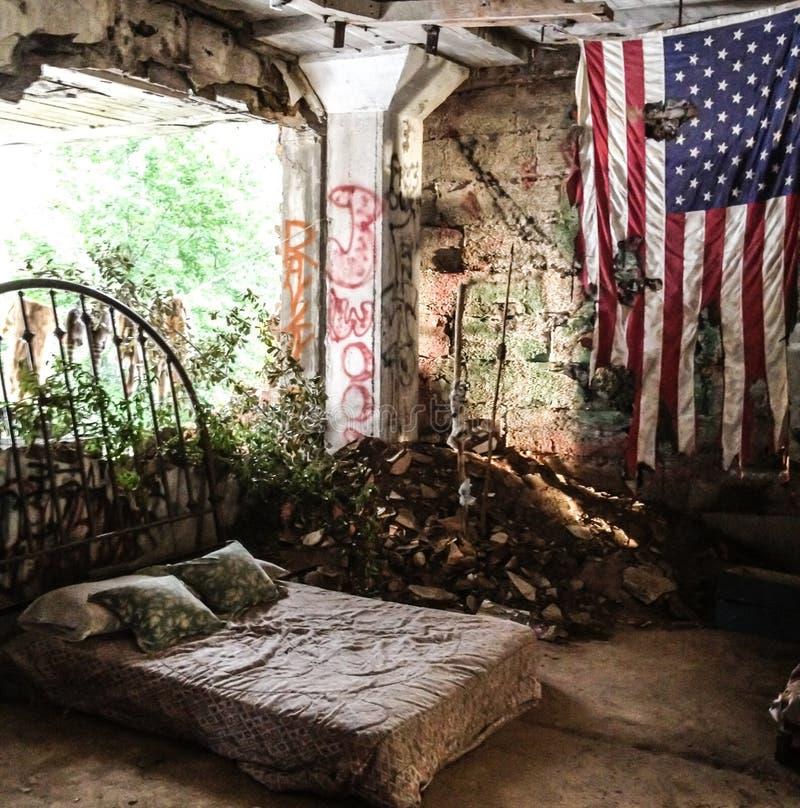卧室废墟 免版税库存图片