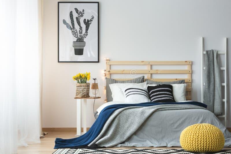 卧室现代样式  库存图片