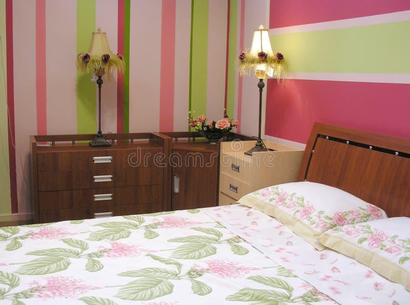 卧室绿色粉红色 免版税库存图片
