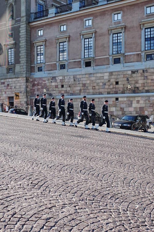 卫兵变动,斯德哥尔摩宫殿 库存图片