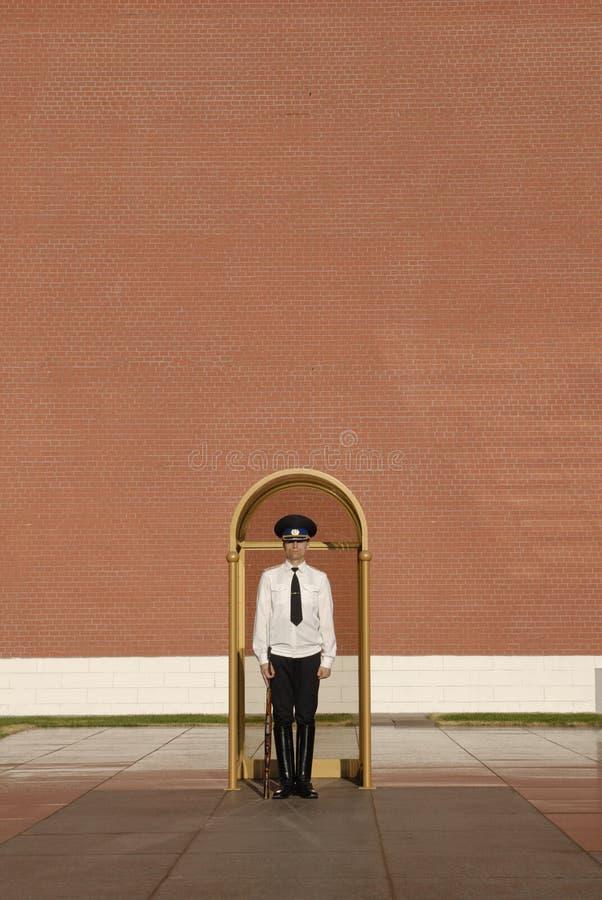 卫兵荣誉称号克里姆林宫莫斯科墙壁 图库摄影