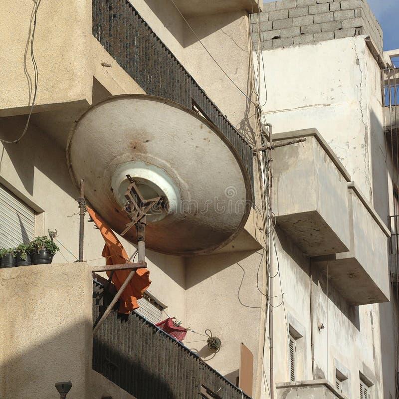 卫星天线在Bengasi 免版税库存照片
