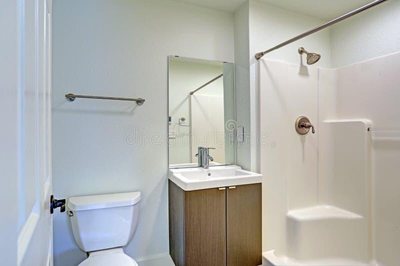 卫生间内部白色 图库摄影