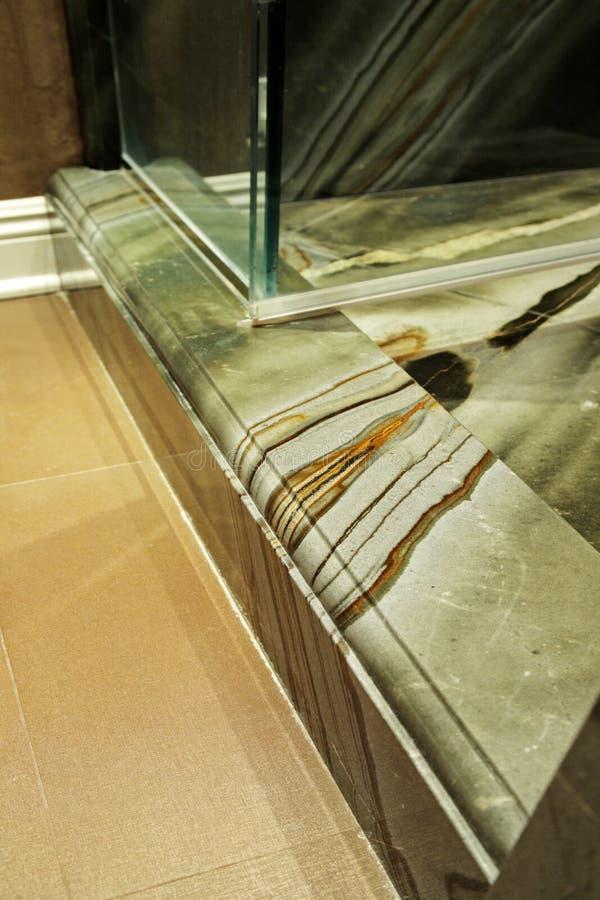 卫生间花岗岩绿色现代墙壁 库存图片