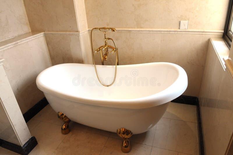 卫生间陶瓷木盆白色 库存照片