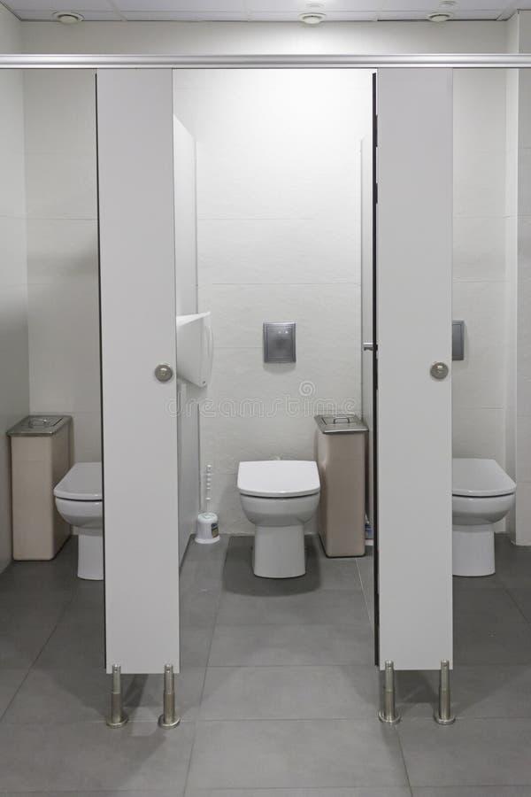 卫生间打开 库存图片