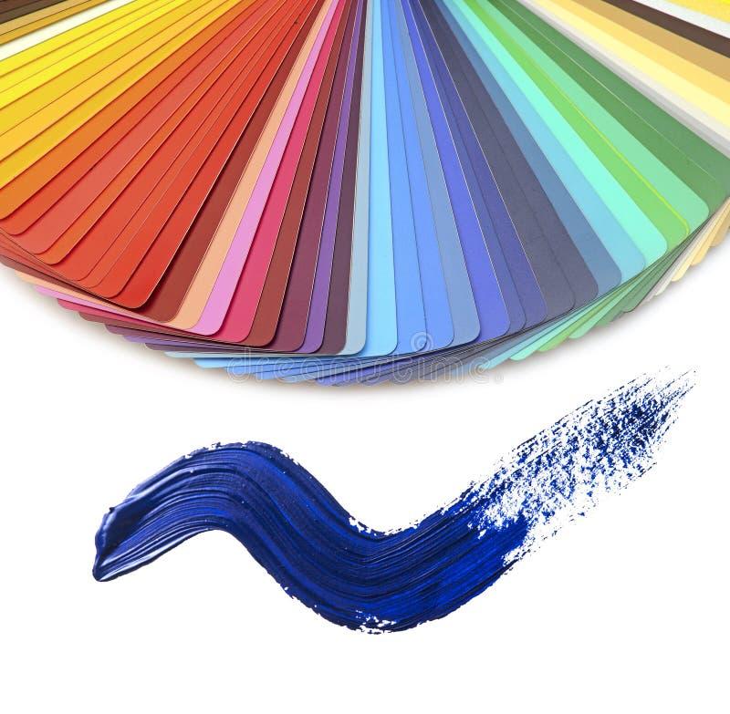 印刷业的色板显示指南和刷子冲程 免版税库存图片