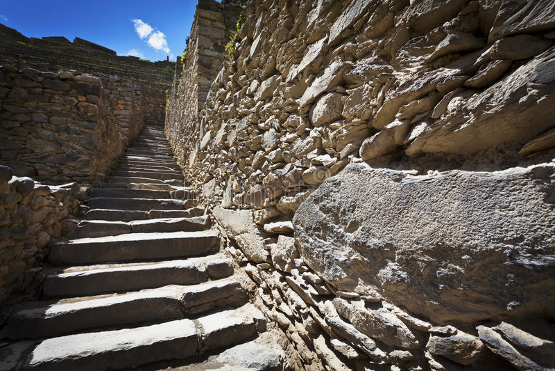印加人墙壁台阶在Ollantaytambo -神圣的谷-秘鲁 图库摄影