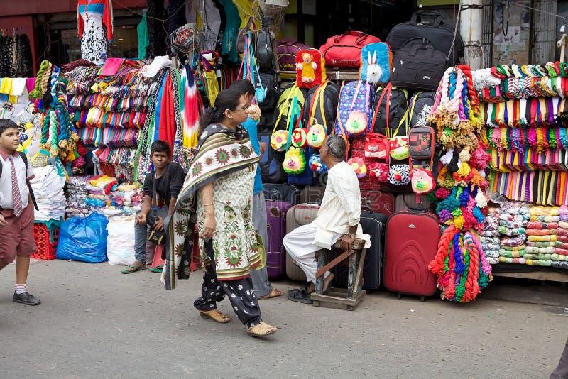 印地安人在加尔各答,印度购物 库存照片