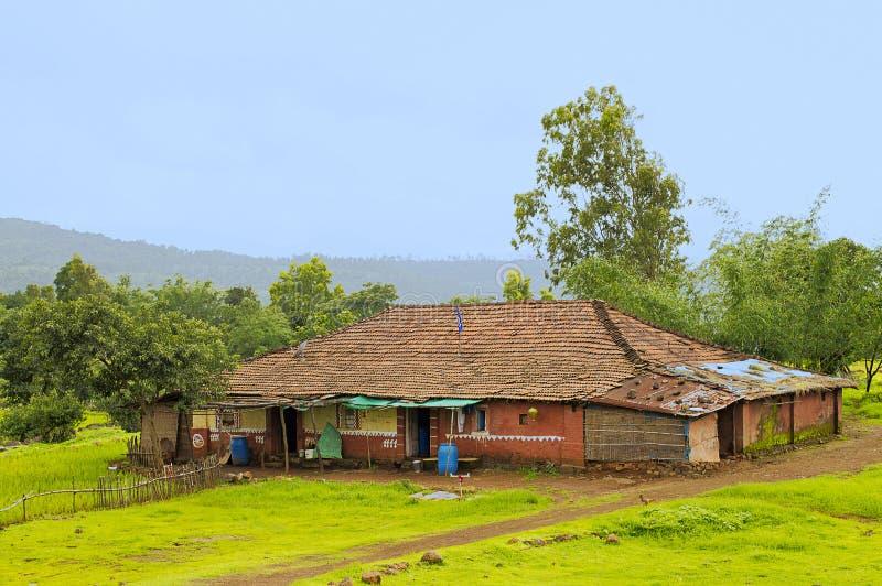 印地安传统村庄房子在Varandhaghat,浦那附近的Konkan地区 库存照片