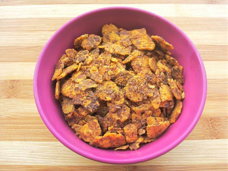印地安快餐- chana在碗的chor garam 免版税库存图片