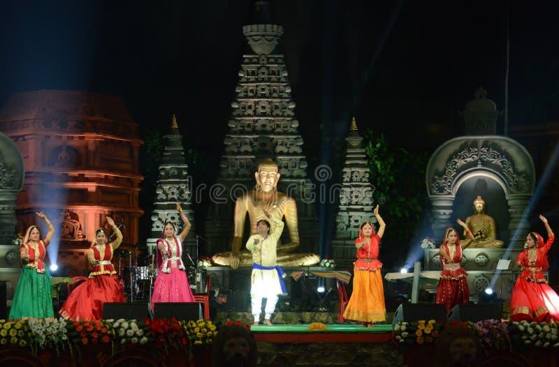 印地安艺术家在Bodhgaya,比哈尔省,印度 免版税库存图片