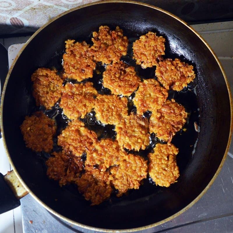 印地安街道食物pakoras 免版税库存照片