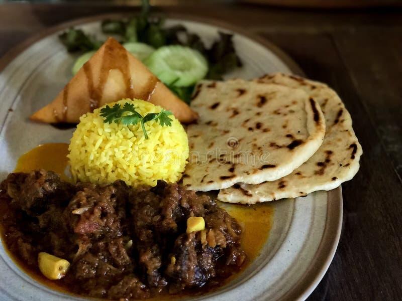 印地安食物或印地安牛肉咖喱 库存照片
