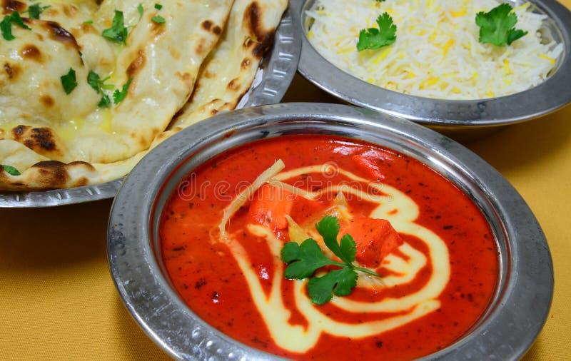 印地安素食膳食Roti、米和Dal 免版税库存图片