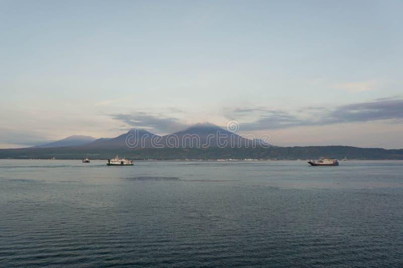印尼半玉王港的日出 图库摄影
