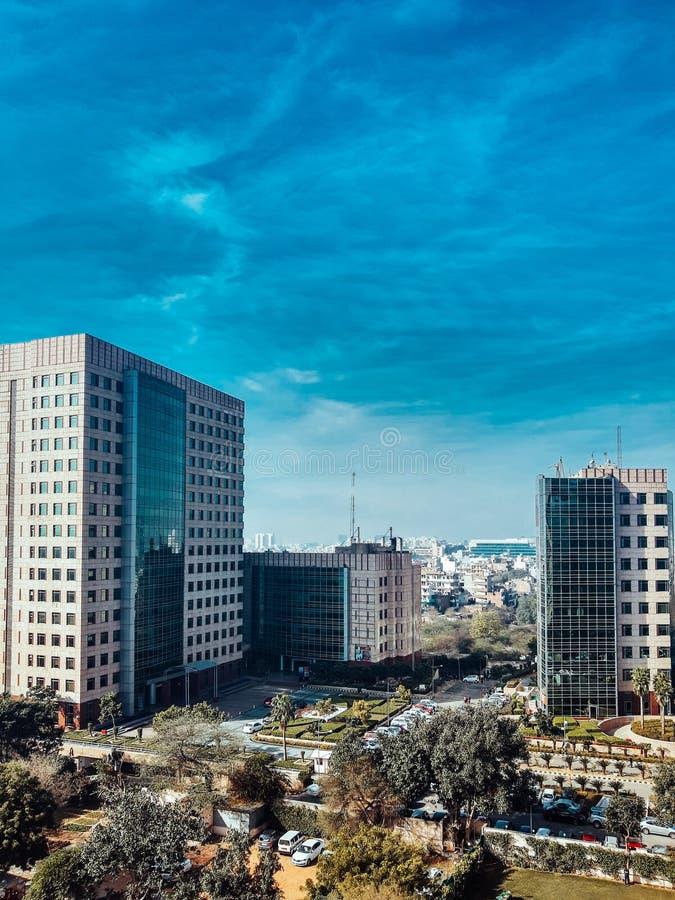 印度古尔冈 — 2020年2月9日:全球商业园大楼和办公室 库存图片