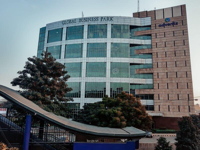 印度古尔冈 — 2020年3月5日:全球商业园大楼和办公室 免版税库存照片